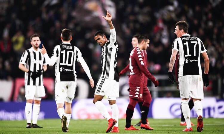 Juve-Torino, le pagelle di CM: show di Douglas Costa, incolpevole Milinkovic