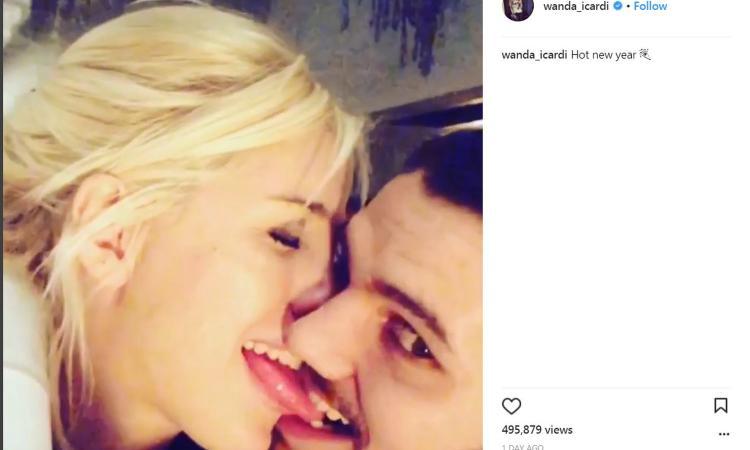 Wanda e Icardi: bacio hot per iniziare alla grande il 2018 FOTO e VIDEO