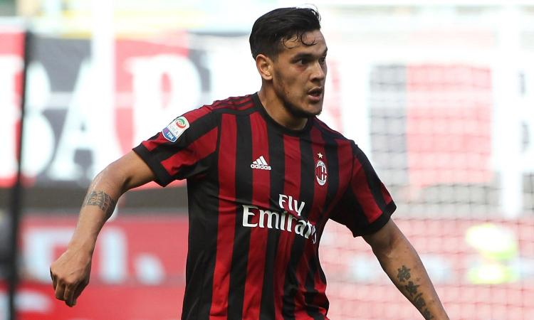 Milan: anche l'Udinese su Gustavo Gomez