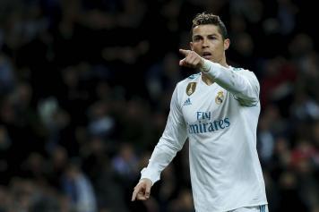 Cristiano Ronaldo indica