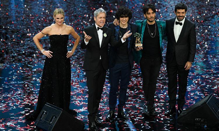 La Rai rischia di perdere la Champions, voci su Mina al posto di Baglioni per Sanremo