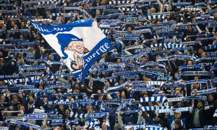 Momenti Di Gioia: Hertha Berlino, abbonamento a vita per un tatuaggio!