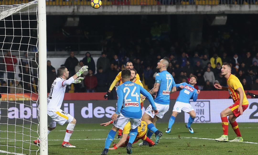 Il 'derby' va alla Juve, ma il Napoli non molla