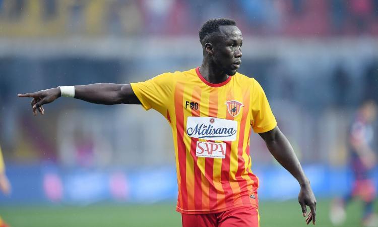 Benevento, Sagna può restare: 'Devo decidere con club e famiglia'