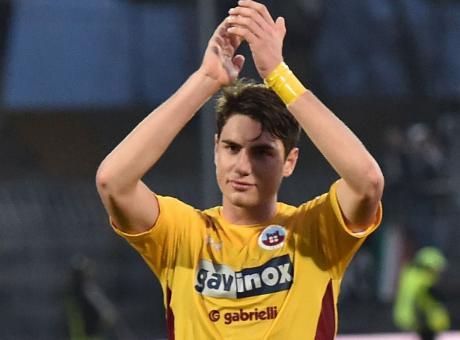 Napoli: sfida a Inter e Juve per un difensore del Cittadella