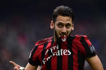 Maglia Home AC Milan HAKAN CALHANOGLU