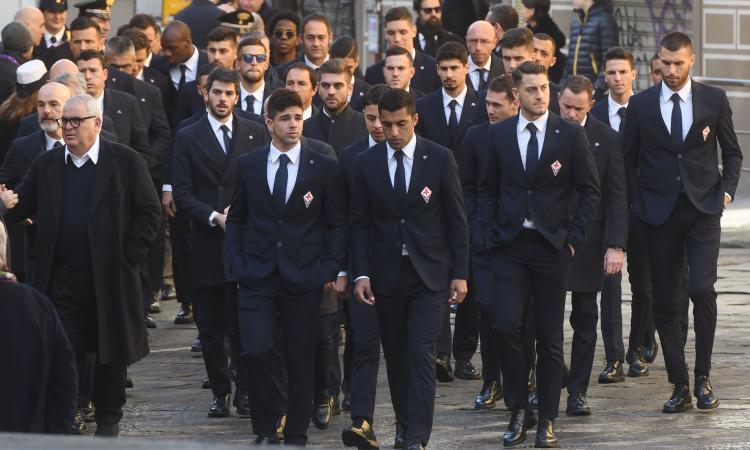 Applausi alla Juve, cori e dolore: tutte le FOTO dell'ultimo saluto ad Astori