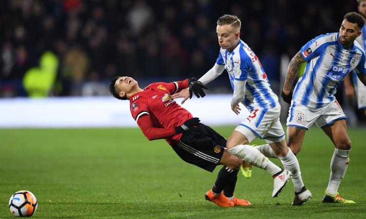 Huddersfield, UFFICIALE: riscattato un difensore