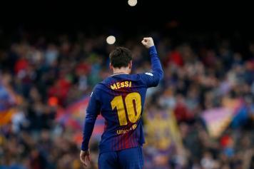 Messi Barcellona esulta pugno spalle