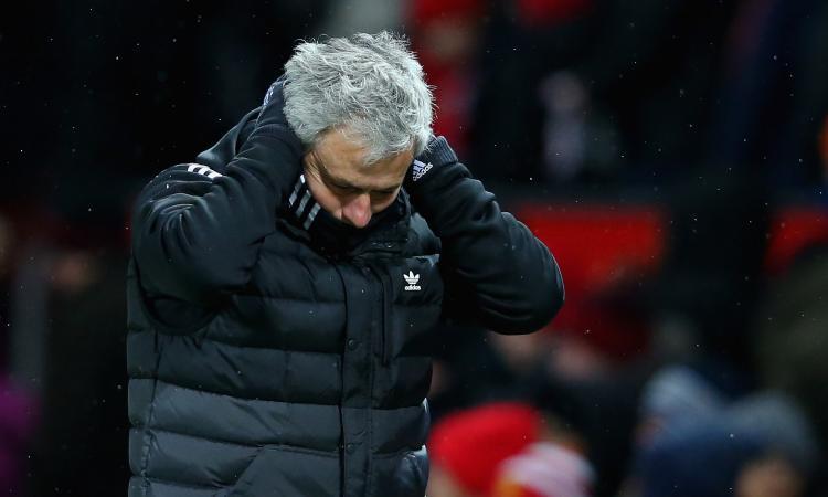 Newcastle, Mourinho si allontana
