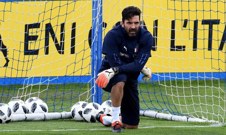 Italia, Buffon: 'Niente passerelle, ho 40 anni ma gioco nella Juve! Dybala niente Mondiale? Meglio...' VIDEO