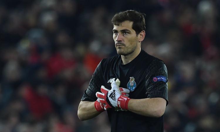 Casillas allontana il ritiro: 'Calma, lo annuncerò quando arriverà il momento'