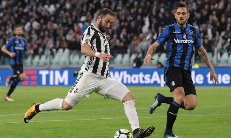 Higuain e Matuidi, la Juve si sbarazza dell'Atalanta e va a +4 sul Napoli VIDEO