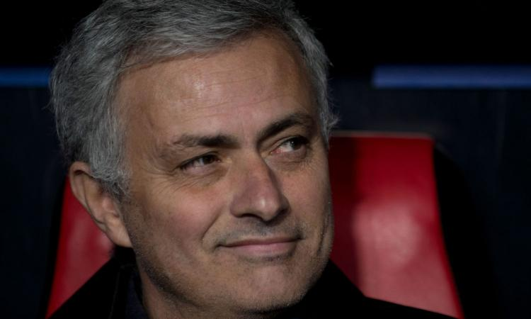 Mourinho, colloquio di lavoro 'Special' con Diletta! VIDEO