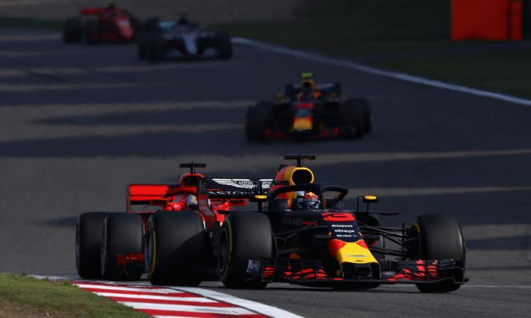 Formula 1: GP Cina, trionfa Ricciardo! Verstappen rovina la festa di Vettel