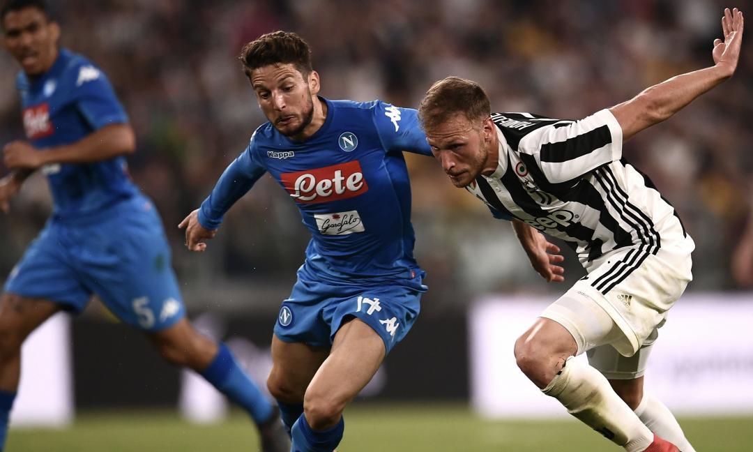 La dura vita di chi tifa Juve a Napoli