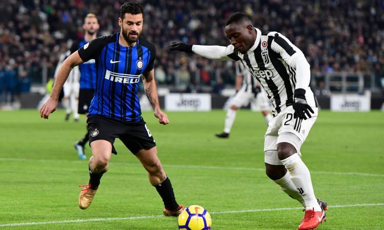 Inter, Asamoah si avvicina: incontro con l'agente alla Pinetina. E Candreva...