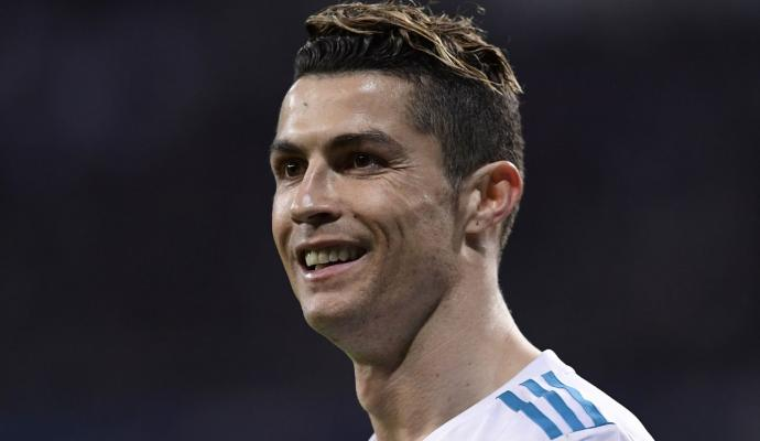 Cristiano Ronaldo Set To Be Presented To Juventus At 1830 On Monday