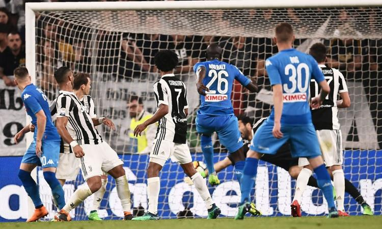VXL, un blogger del Napoli punge i tifosi azzurri: 'Sono stato tifoso del Real Madrid e non me ne sono accorto...'