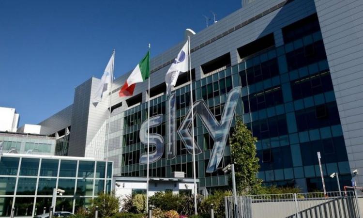 Diritti tv: Sky chiede uno sconto alla Serie A, a rischio la Champions League