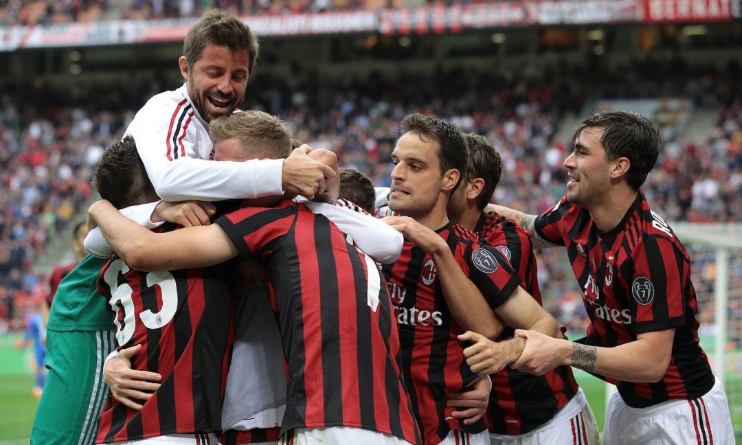 Milan, a caccia del bomber
