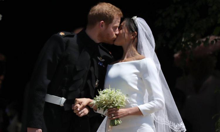 Elton John e Beckham al matrimonio di Harry e Meghan: guardano la partita