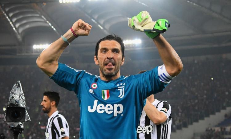 Buffon nella leggenda: dal Parma a Juve e Nazionale, tutti i record