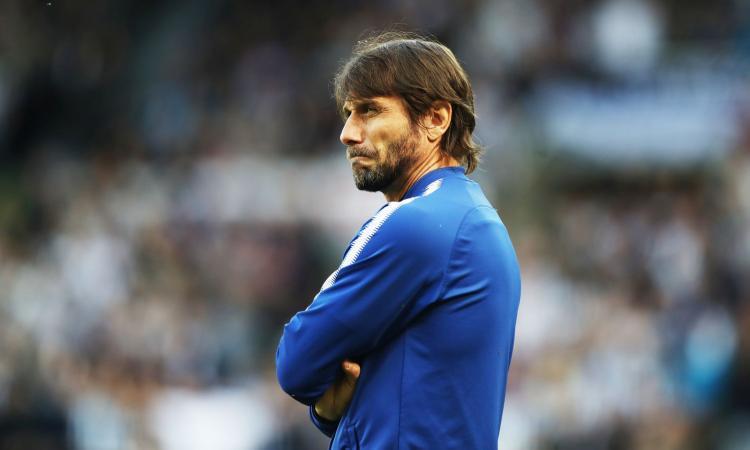 Chelsea: Conte licenziato, sarà battaglia legale. Venerdì attesa la firma di Sarri