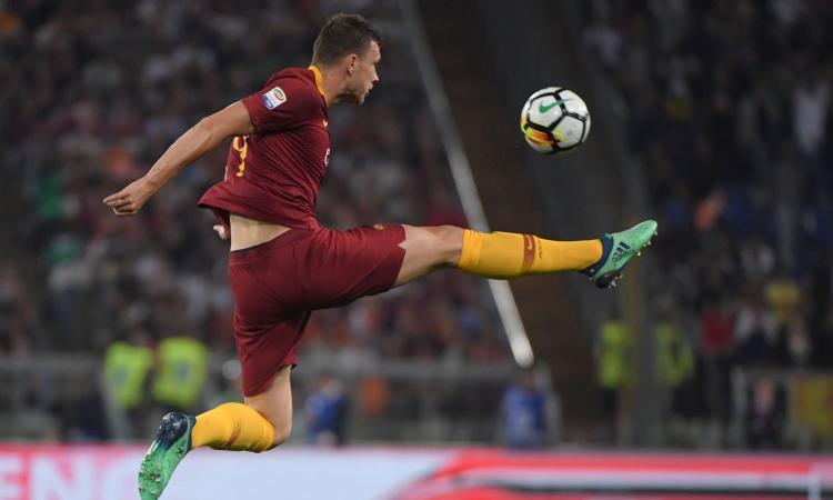 Roma, Dzeko: 'Col Chelsea il gol più bello in carriera. Che rimpianti col Liverpool, troppi 5 gol all'andata'
