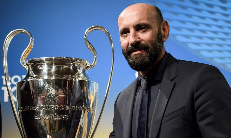 Roma, Monchi in conferenza con Di Francesco