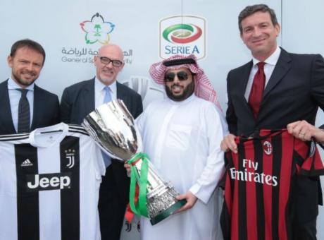 Juve-Milan in mano a chi discrimina le donne: il calcio ha venduto la dignità