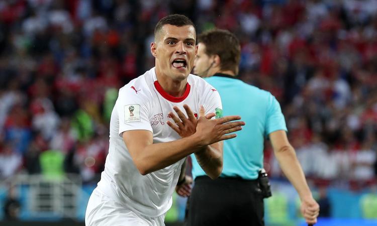 La vendetta di Xhaka e Shaqiri contro la Serbia: gol ed esultanza per l'Albania