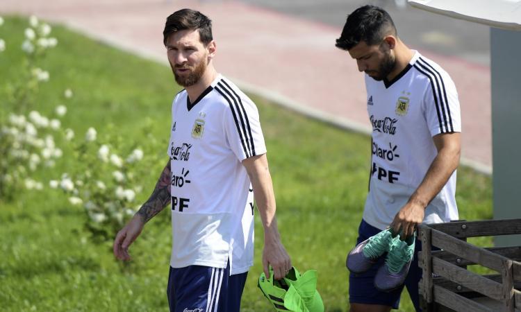 Argentina, Maradona a Messi: 'Lascia la Nazionale'