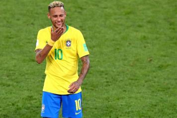 neymar, brasile, sorriso, bacio, 2018