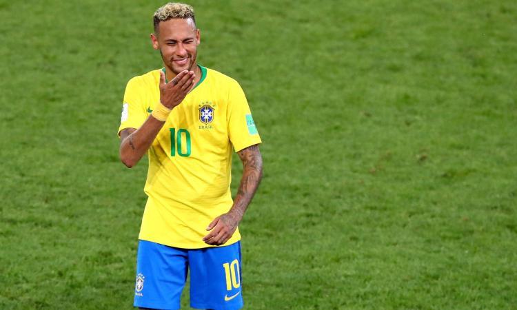 Psg, domani Neymar torna in Francia: fissato l'incontro con Leonardo