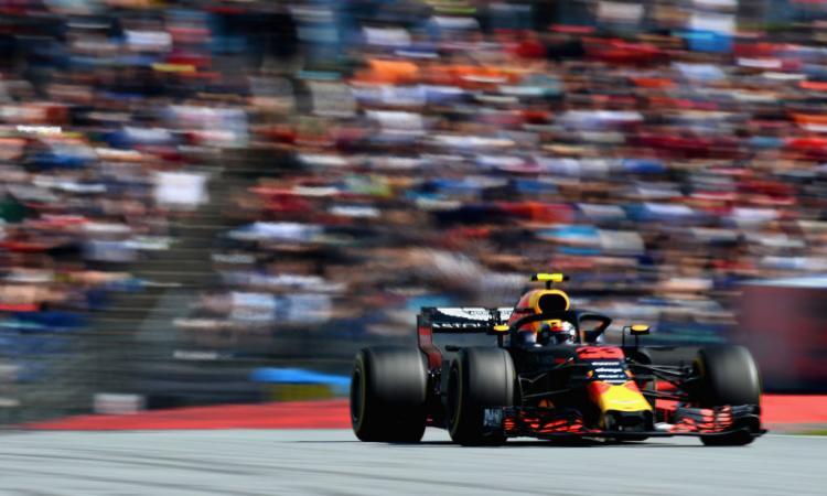 Formula 1: Verstappen vince in Austria. Fuori Hamilton, Vettel torna in testa!