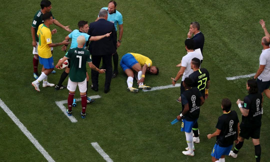 Neymar sa come si fa...