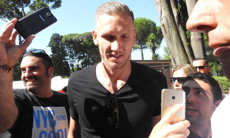 Roma, a sorpresa: Olsen può star fuori all'esordio in campionato