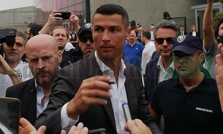 Ronaldo alla Juve, ecco la prima FOTO di Georgina e Cristiano Jr in bianconero