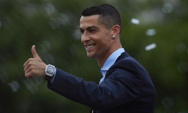 Dal Codacons: 'Il contratto di Ronaldo è immorale, intervenga la magistratura'