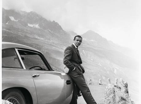 PIT STOP, ecco quanto costa la Aston Martin di James Bond FOTOGALLERY