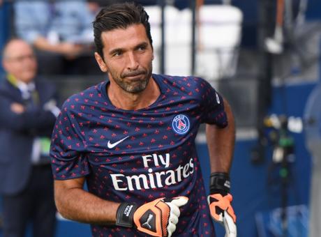 Buffon: 'Il PSG mi ha offerto il rinnovo, presto incontro per decidere'