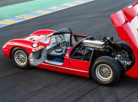 PIT STOP: doppietta Ferrari a Le Mans, la vendita è milionaria FOTOGALLERY