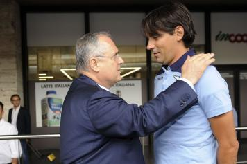 Lotito Inzaghi mano spalla Lazio