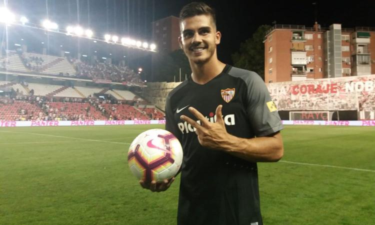Milan, André Silva è già rinato: tripletta all'esordio da titolare con il Siviglia