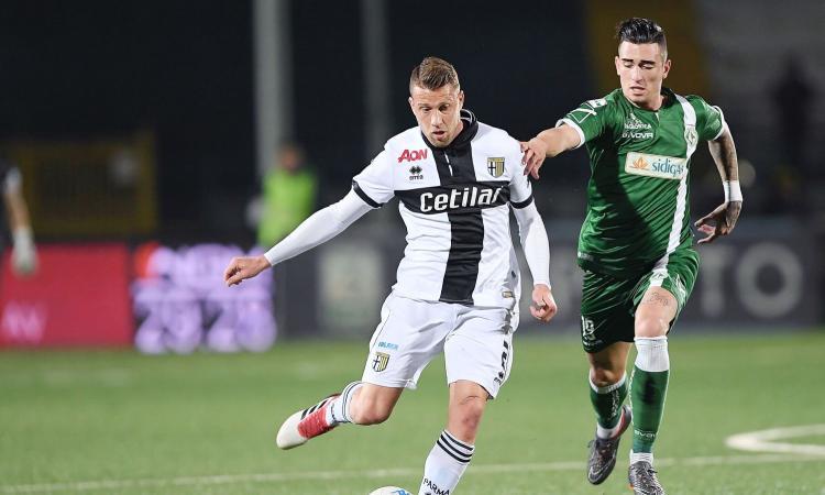 Genoa, il Cosenza bussa per un attaccante