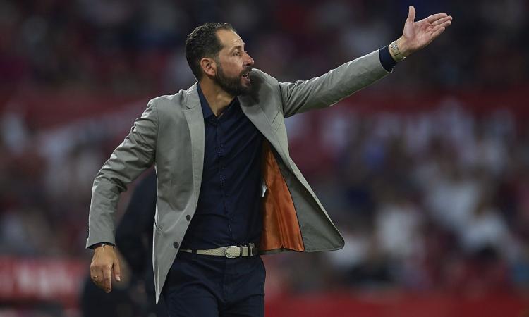 All. Siviglia: 'André Silva grande colpo, il Milan voleva tenerlo. N'Zonzi-Roma? Non andrà via a prezzo di saldo'
