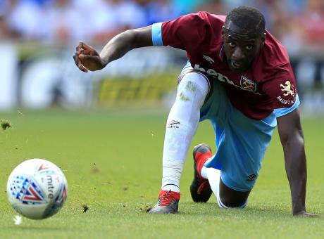 West Ham, rifiutata offerta della Fiorentina per Obiang