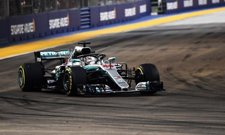 Formula 1, Singapore: Hamilton, Mondiale nell'aria! Vettel, ennesima bocciatura