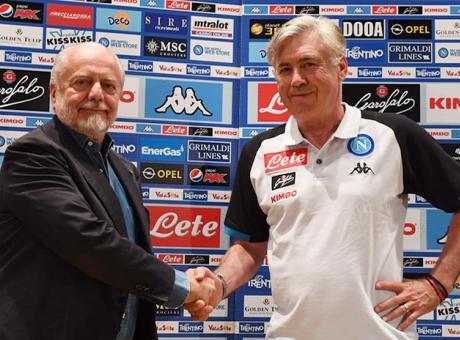 Napolimania: Ancelotti manager all'inglese, l'investitura di De Laurentiis è una sfida a Sarri e alla Juve